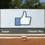 Facebook Sets up 'Dark Web' Link to Access Network via Tor