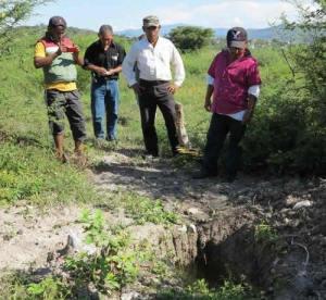 Investigators in Mexico - civilian community police