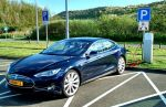 Tesla Updating P85D To 0–60 MPH In 2.8 Seconds With Firmware?
